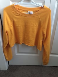 Yellow cropped sweater Calgary