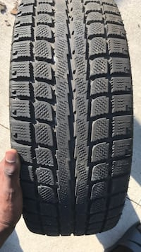 4 90-95% tread winter tires 205/55R16 Toronto, M1L 4K7