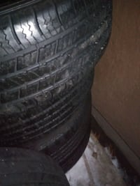 Tires 4 of them 225 60 17 like new