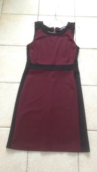 Women's red sleeveless dress Pick up in Laval
