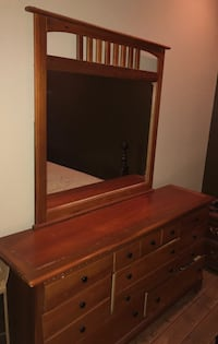 brown wooden drawer with mirror Orlando, 32825