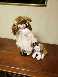 Porcelain doll with puppy Hagerstown, 21740