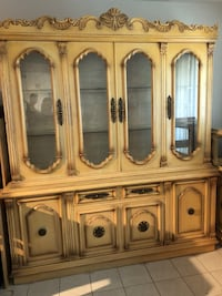Dining Room set -Solid Wood - china buffet hutch Vaughan, L0J 3V9