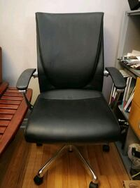 Very high quality office chair Oakville, L6H 7A4