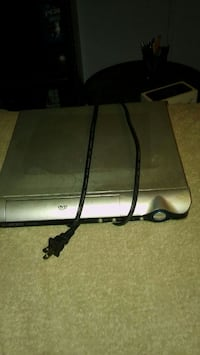 gray Xbox 360 console with controller Friendsville, 37737