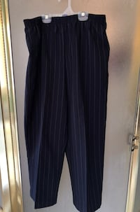 Navy striped Dress Pants Markham, L3R