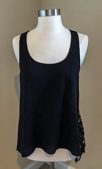 """Orig $84!! Beautiful Black Designer Tunic Top by """"BB Dakota"""" in Excellent Condition (Size Small) Spartanburg, 29301"""