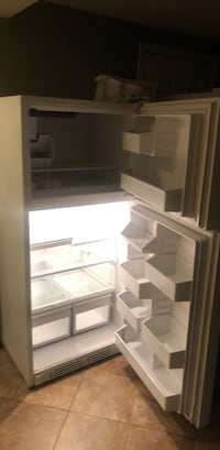 white top-mount refrigerator Annandale, 22003
