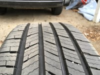 One (1) New Michelin Defender 225/60R17 Tire