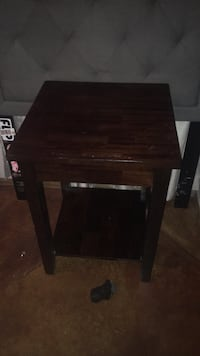 Black wooden nesting table  Las Cruces, 88012