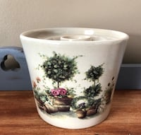 "Adorable Vintage Yesteryears Pottery // 5"" tall countertop crock w/ Annie Lapoint Art Omaha, 68116"