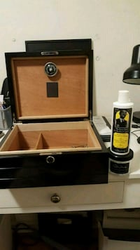Humidor  Barrie, L4M 5G3