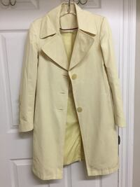 women's beige trench coat North Vancouver, V7R 2B5