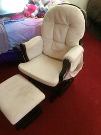 white and brown glider chair Seymour, 06483