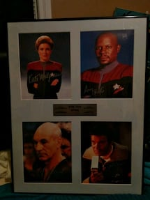 Star Trek Captain's photographer & signatures 37/200