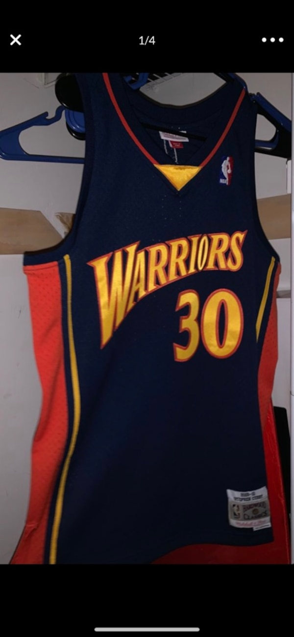 sports shoes a25ed 7a611 Steph Curry rookie year Golden State Warriors Jersey Men's Medium