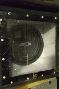 """Pioneer Type-E 12"""" 4-ohm subwoofer in bandpass box"""