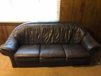 Leather sofa and loveseat Moody, 35173