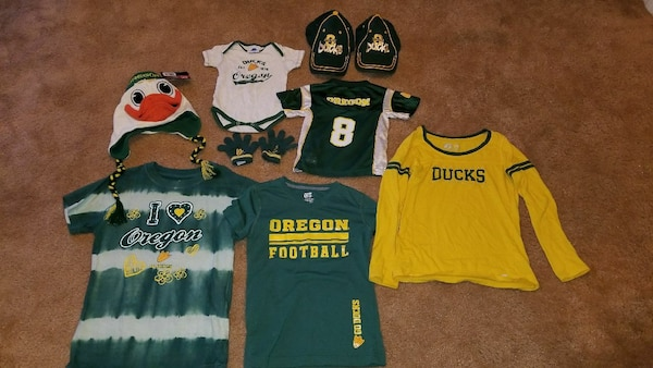 hot sale online 66f06 1b179 Oregon Ducks fan gear!