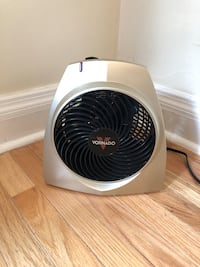 white and black air cooler 224 mi