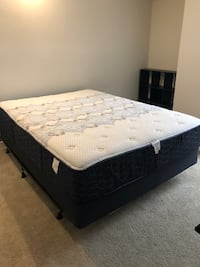 Queen Mattress w box spring & frame Arlington