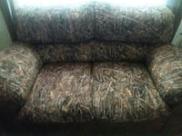 brown loveseat for both  Chillicothe, 45601