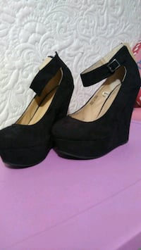 pair of black suede platform chunky heeled shoes Midway, 31320