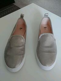 Gold flats size 9.