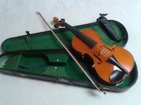 Violin 4/4 and Vintage Case PORTCOQUITLAM