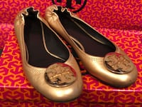 Tory Burch Reva size 9 flats.Barely used.comes with a shoe box and paper bag . Garden Grove