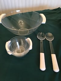 Large acrylic salad bowl with 4 smaller bowls, serving utensils Tucson, 85712