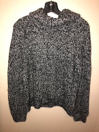black and white scoop-neck sweater Rocklin, 95765