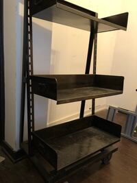 Retail/Merchandise Shelving Unit