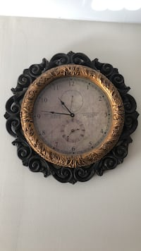 Antique Wall Clock Great Neck, 11024