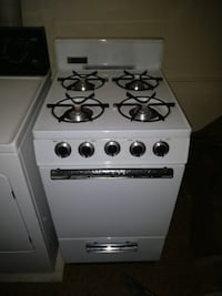 Gas Stove and oven Farmingdale