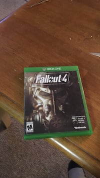 Fallout 4 Xbox One game case Moore, 18014