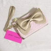 NWT Betsy Johnson Ready Set Bow Wristlet/Wallet Boston