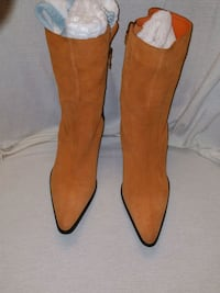 Women's Boots, priced @ $130 Bowie, 20715