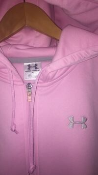 Under ARMOUR hoodie size M women's Fairfax, 22032