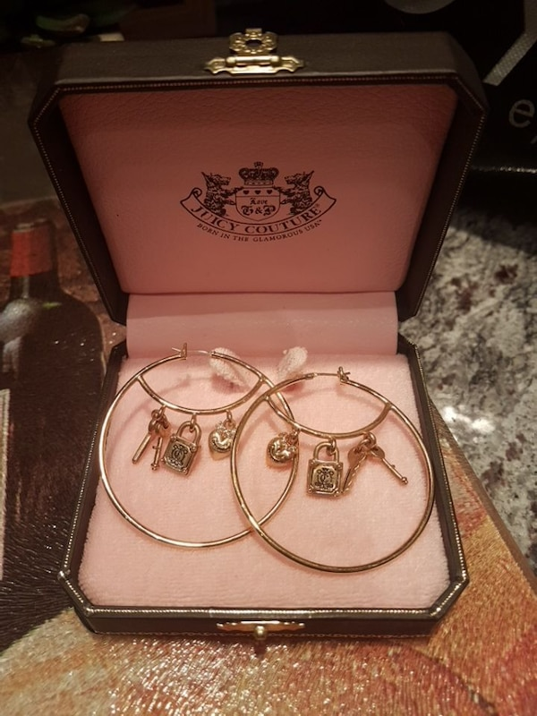 Used JUICY COUTURE HOOP EARRINGS for sale in Toronto - letgo e3c71dd18