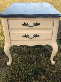 End tables or night stands South Mills, 27976