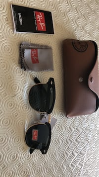 REAL RAY BAN CLUBMASTER SUNGLASSES (never worn)