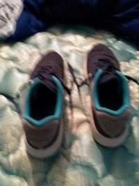 Mens Air Modern Essential Special Edition Size 11