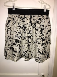 Women's Black+White Skirt Kalamazoo, 49001