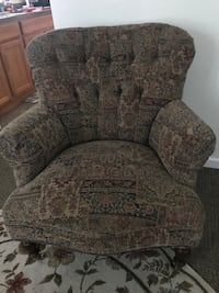 Antique sitting chair! New Windsor, 12553