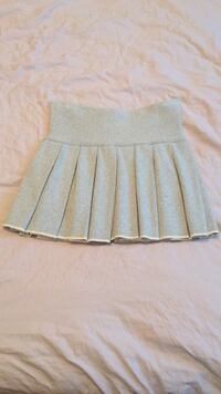 Sunday Best Skirt size small like new Vancouver, V6A