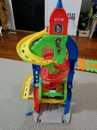 Like new Fisher price little people sit play skywa Miami, 33136