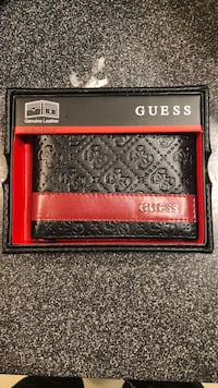 New guess leather in box  Lake Grove