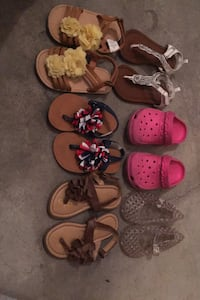 Toddler Size 7 sandals Omaha, 68137