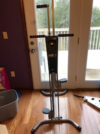 Black and gray exercise equipment maxi climber